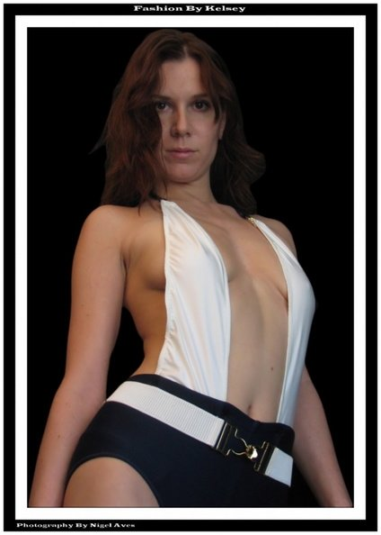 fashion_kelsey_007__04-11-2006_.jpg