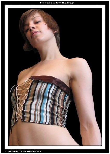 fashion_kelsey_012__04-11-2006_.jpg