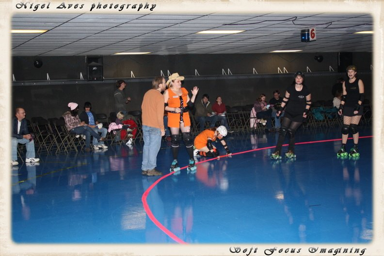 derby-girls-nov-14-2009-colorado-002.jpg